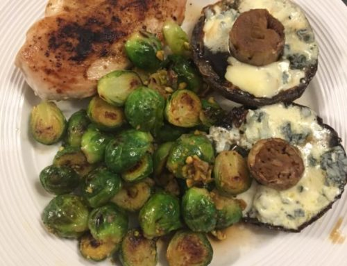 Spicy chicken with honey and pistachio sprouts and blue cheese mushrooms