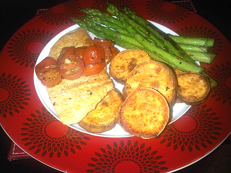 Turkey breast with asparagus and sweet potato discs
